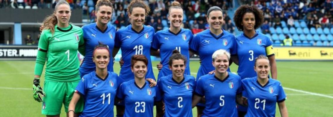 Fischio d'inizio per il mondiale di calcio femminile