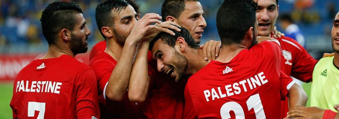 Tre livelli di difficoltà per chi gioca a calcio nella striscia di Gaza